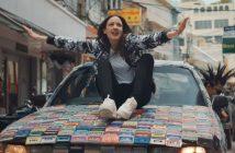 Jain dans son clip 'Dynabeat' tourné à Bangkok en Thaïlande