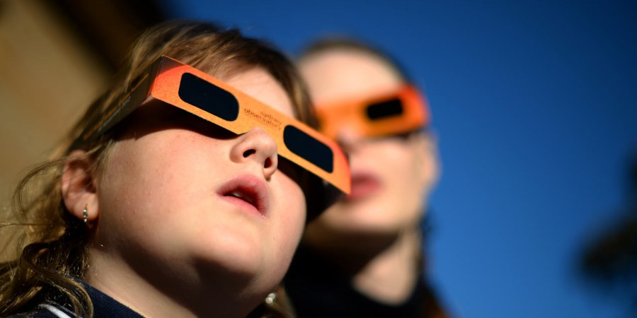 lunettes pour regarder une éclipse solaire