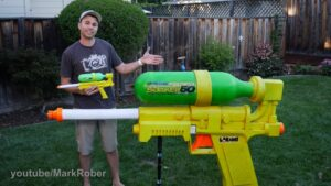 pistolet à eau géant