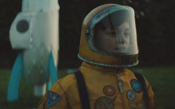 Kygo s'envole vers les étoiles dans le clip 'Stargazing' ft. Justin Jesso