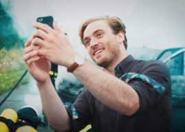 Ils postent les photos d'un accident sur les réseaux sociaux, le court-métrage choc !