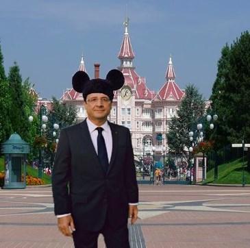 François Hollande devient président de Disneyland Paris