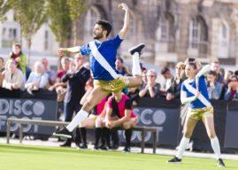 Discofoot : le sport (très drôle) qui mêle danse et football !