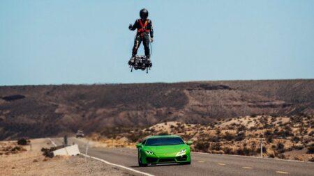Flyboard Air vs Lamborghini