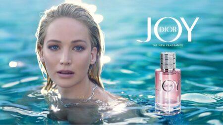 Jennifer Lawrence dans la pub du parfum Joy de Dior