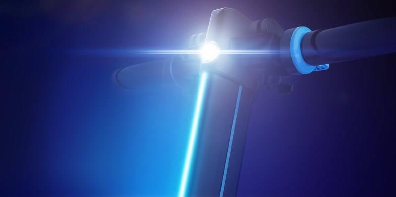 Trottinette électrique Inmotion L8F : lumière LED