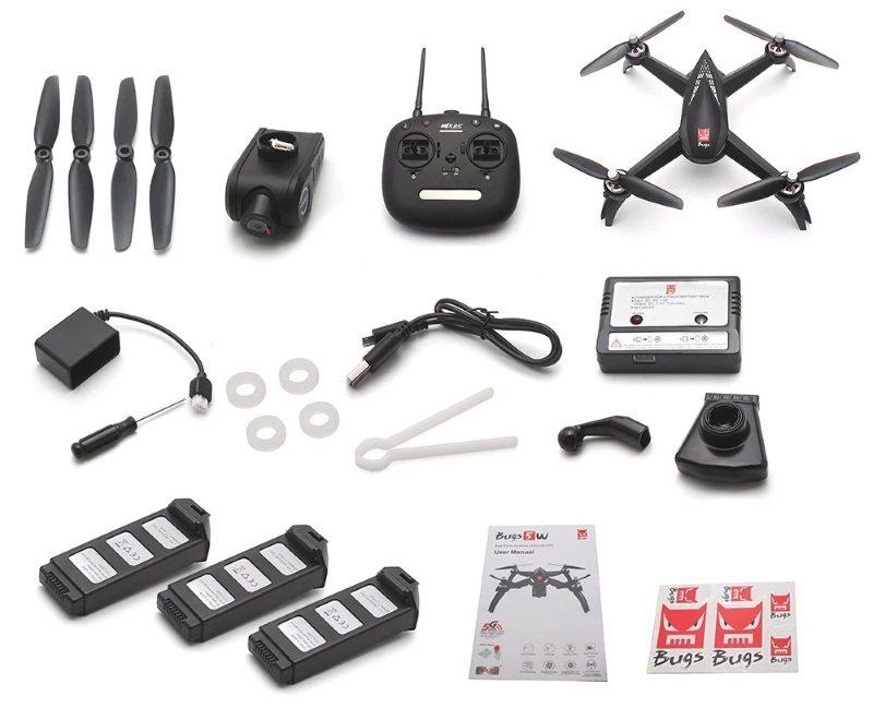 contenu du pack avec le drone MJX bugs 5W + la télécommande, 3 batteries, 2 paires d'hélices