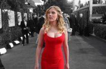 Scarlet Johansson en robe de soirée décolletée