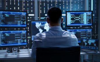 Quel est le rôle de l'admin système dans le monitoring réseau ?