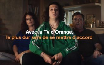 La TV d'Orange lance une battle de séries dans sa pub 2019
