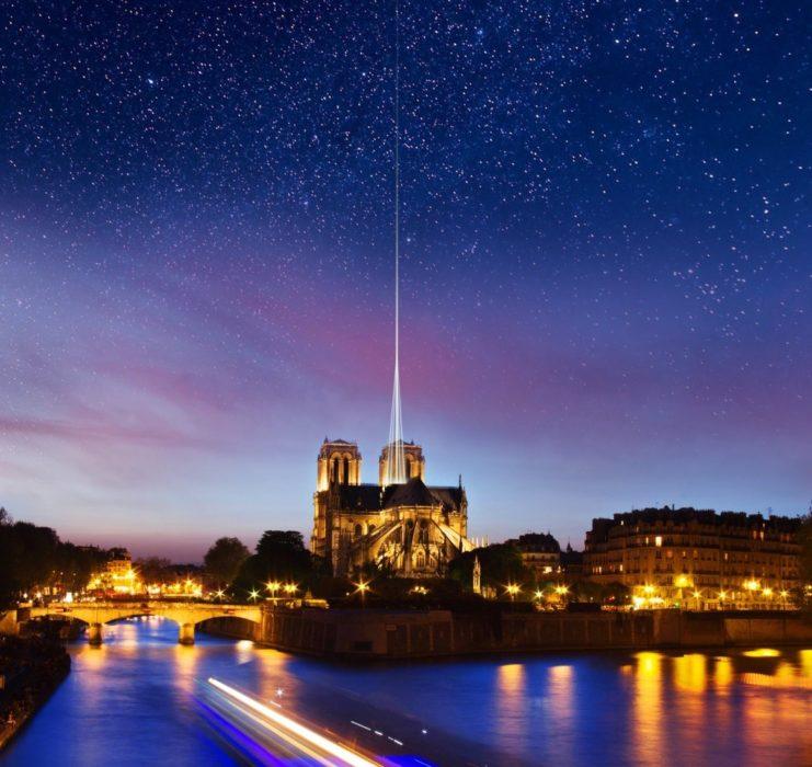 Reconstruction moderne de Notre-Dame de Paris : Anthony Séjourné, la flèche en spots lumineux