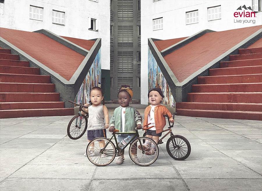 Pub affichage Bébés Evian 2019 : cyclistes