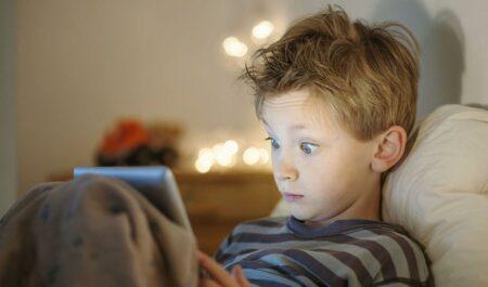 Les dangers d'internet et du digital pour les enfants