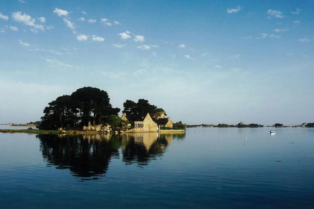 Top 10 des logements les plus insolites en France repérés sur Airbnb