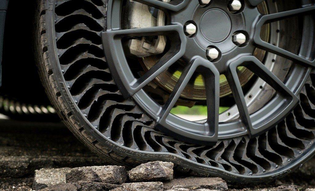 """Le prototype de pneu """"Uptis"""" de Michelin est increvable"""