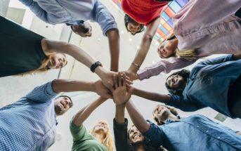 Team building : la clé pour renforcer l'esprit d'équipe en entreprise