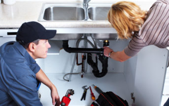 Comment éviter de se faire arnaquer par son plombier ?