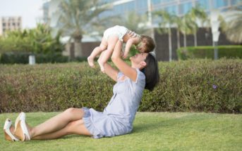 Mode : comment rester stylée quand on est une jeune maman ?