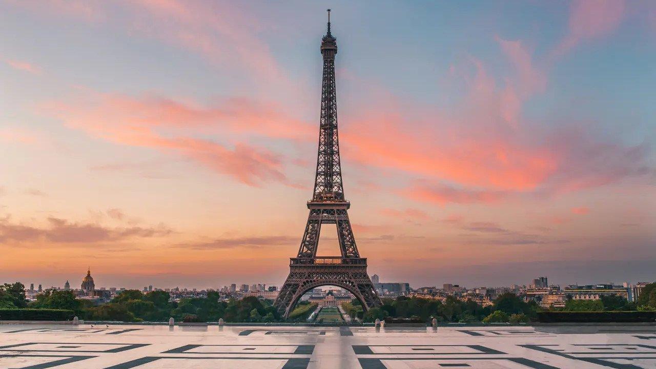 Accès à la Tour Eiffel