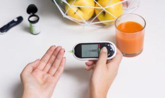 La glycémie permet de vérifier le taux de sucre dans le sang