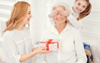 Idée cadeau pour grand-mère : à chaque occasion son présent