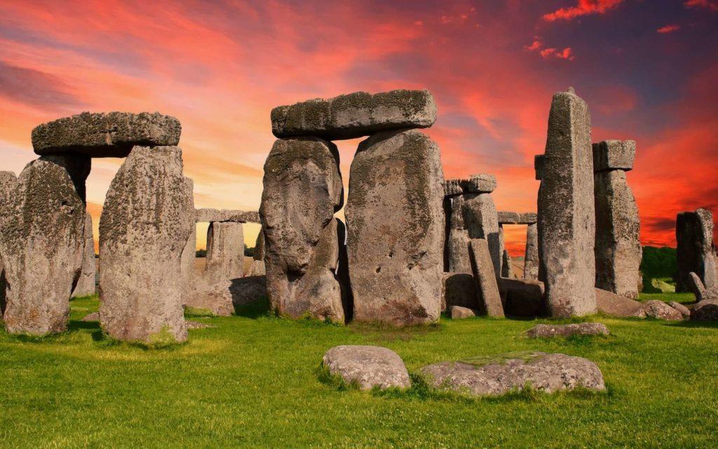 dolmen-menhir
