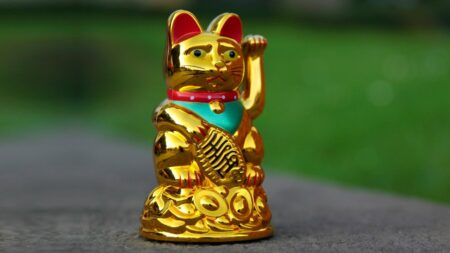 Maneki Neko : le chat porte-bonheur japonais