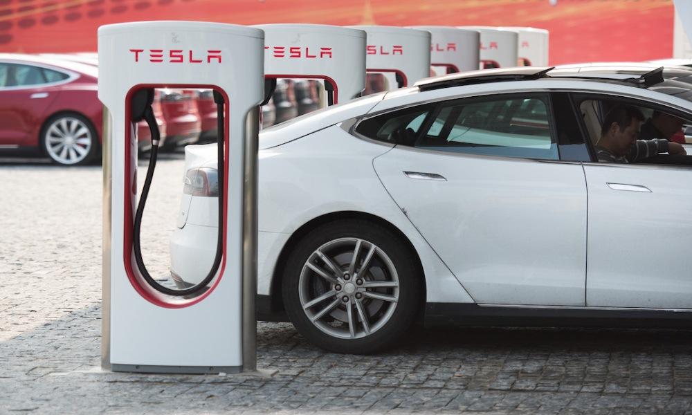 bornes de recharge électrique Tesla