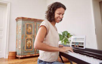 Cours de piano en ligne : apprenez à votre rythme avec Skoove