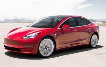 Tesla Model 3 : la voiture électrique championne des ventes !