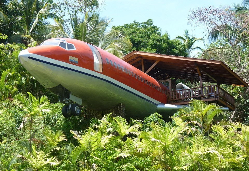 avion hotel dans la jungle costa-rica