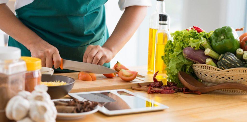 Cuisiner de bons plats maison