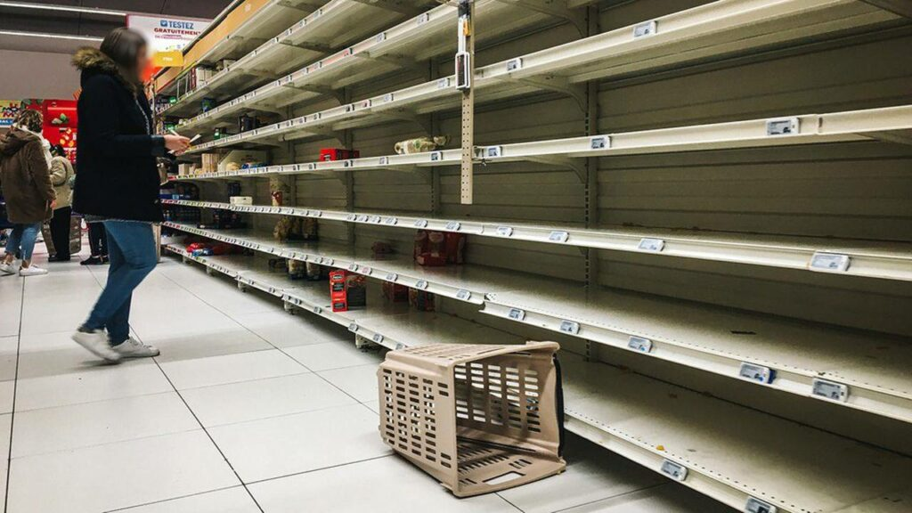 rayon de supermarché vide coronavirus
