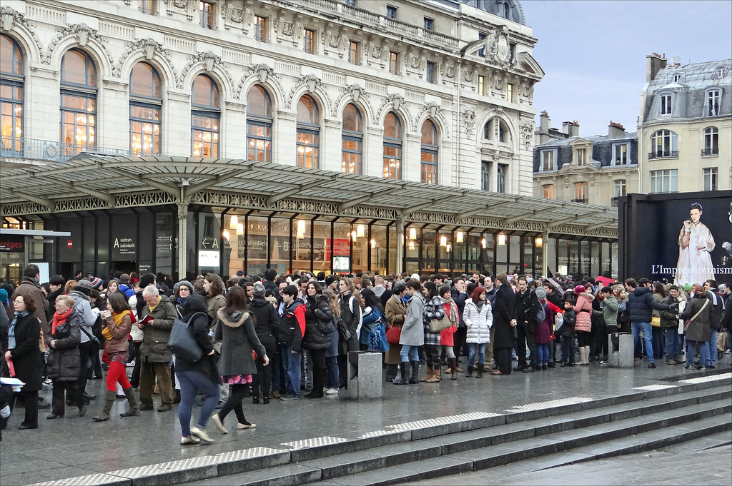 Paris : foule à Orsay
