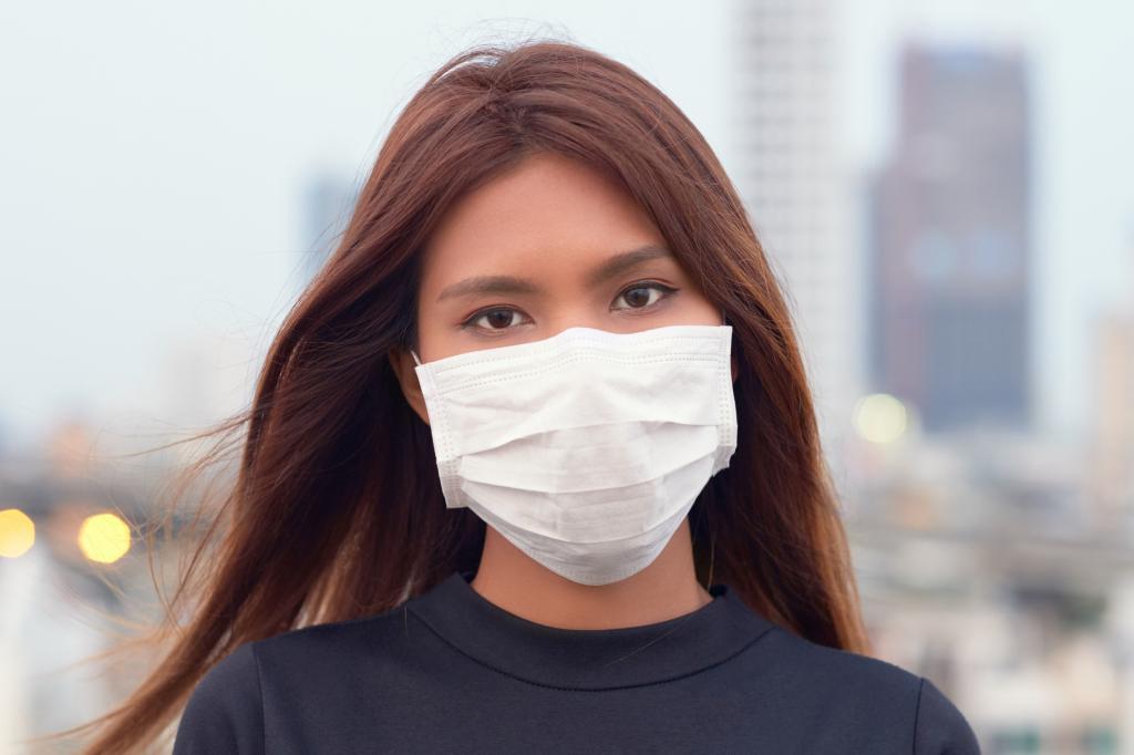 Quelle mise en beauté avec un masque chirurgical ?