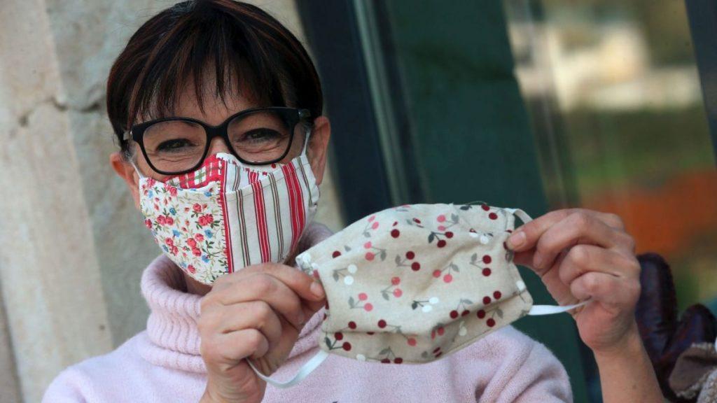 Masque en tissu personnalisé