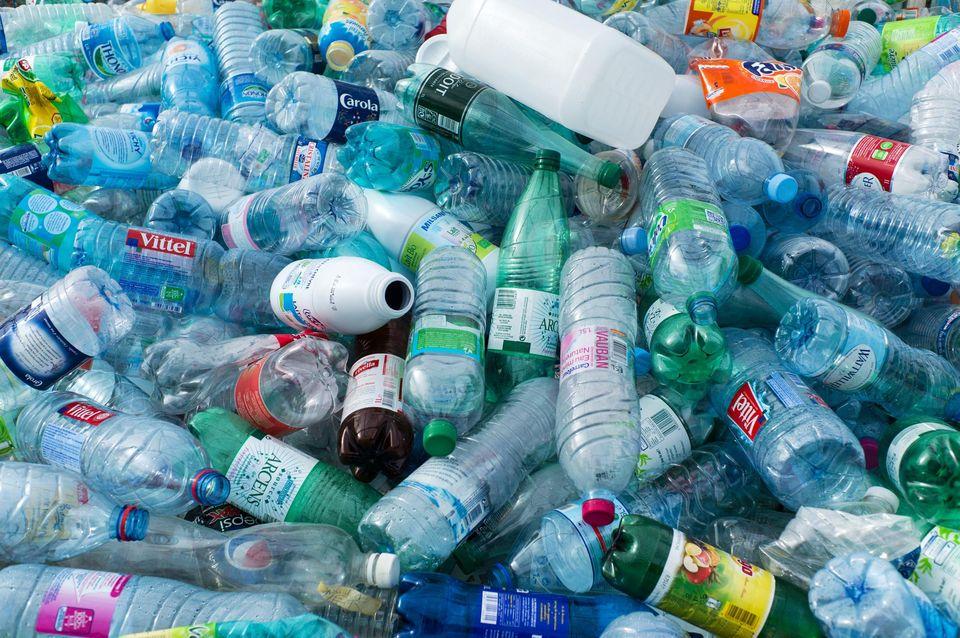 Comment consommer moins de plastique au quotidien ?