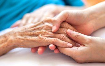 L'organisation de la fin de vie à domicile d'une personne âgée atteinte de cancer