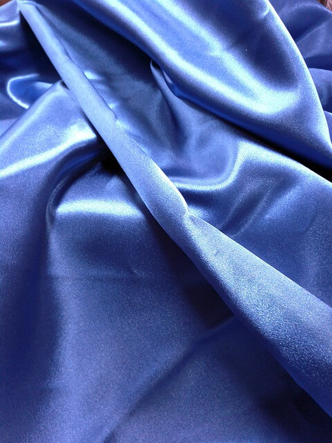 La soie, tissu défroissable