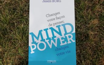 Mind Power : le livre qui guide vers l'acceptation de soi