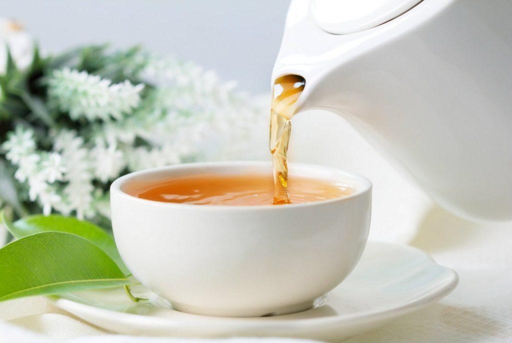Pourquoi utiliser une bouilloire pour préparer du thé ?