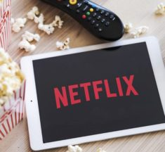 Les nouveaux films et séries à voir sur Netflix France en Août 2020