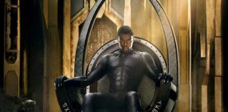 Chadwick Boseman sur le trône Wakanda