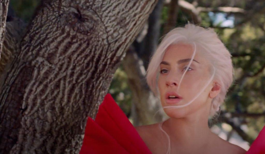 Lady Gaga, nouvelle égérie Valentino