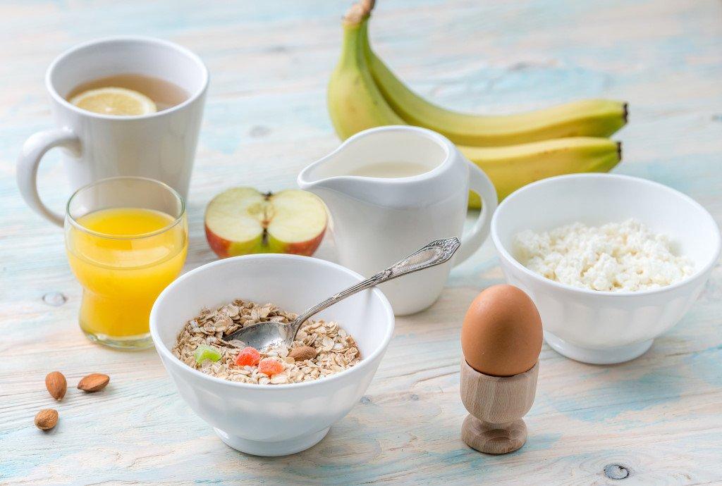 Exemple de petit déjeuner de sportif à base de sucres lents