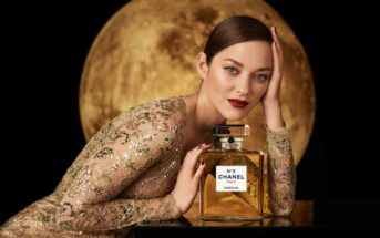Pub Chanel N°5 2021 : Marion Cotillard danseuse et chanteuse lunaire