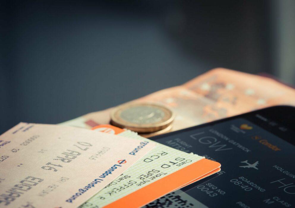 Grève d'avion : quelle indemnisation en cas de vol annulé ou de retard ?