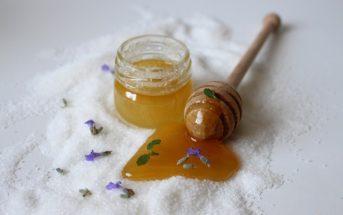 Miel en cosmétique : une routine beauté bénéfique pour notre peau
