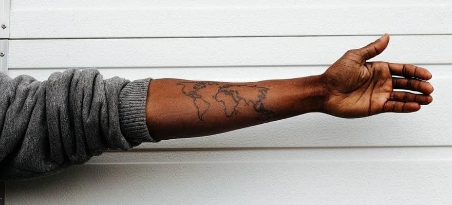 tatouage de voyageur nature