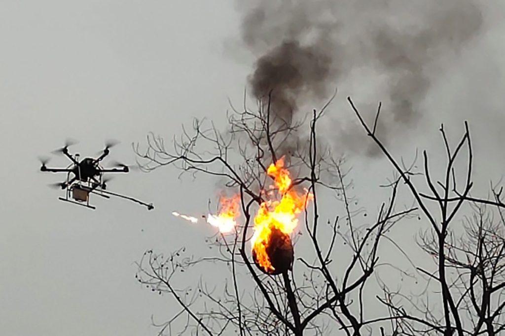Le drone lance-flammes de Blue Sky Rescue